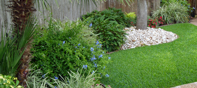 Landscaping White River Rock : Ideal for use as an addition to your landscape white river rock
